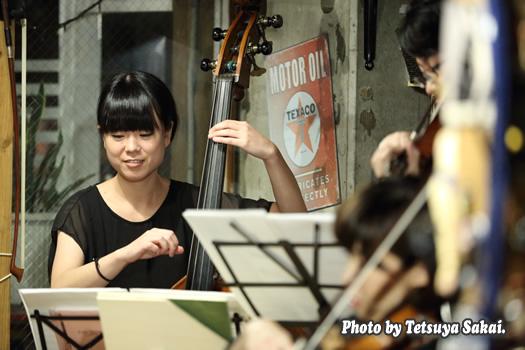 ピトレ弦楽奏団:ニャランゴ・バロックナイトライブ(コントラバス:上山美樹)