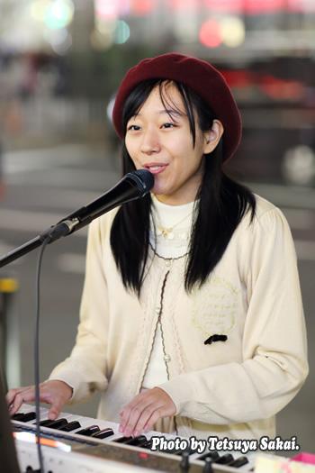 桜季(さき):池袋路上ライブ