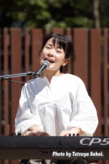 石橋沙弥香(MUSIQUA):深川ギャザリア・ライブ
