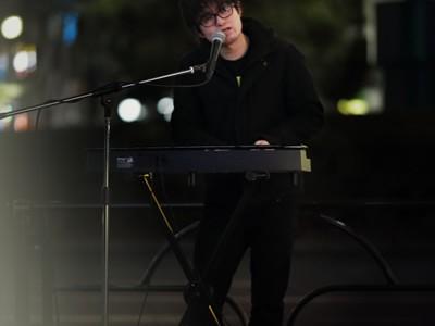 新谷隼平「この世界は悪意と絶望で出来ている」ストリートライブ