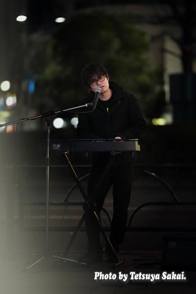 新谷隼平:池袋路上ライブ