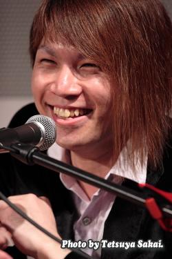 GLASS TOP:阿川 義和 Yoshikazu Agawa