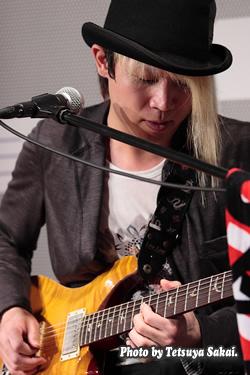 GLASS TOP(Guitar:阿川 義和)