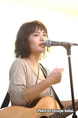 津久井麻里(MARI)