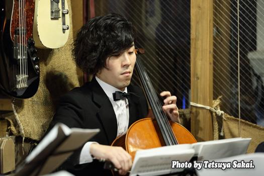 ピトレ弦楽奏団:ニャランゴ・バロックナイトライブ(チェロ:飯島奏人)