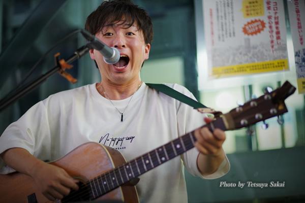 伊波 新(イナミアラタ):池袋路上ライブ2020